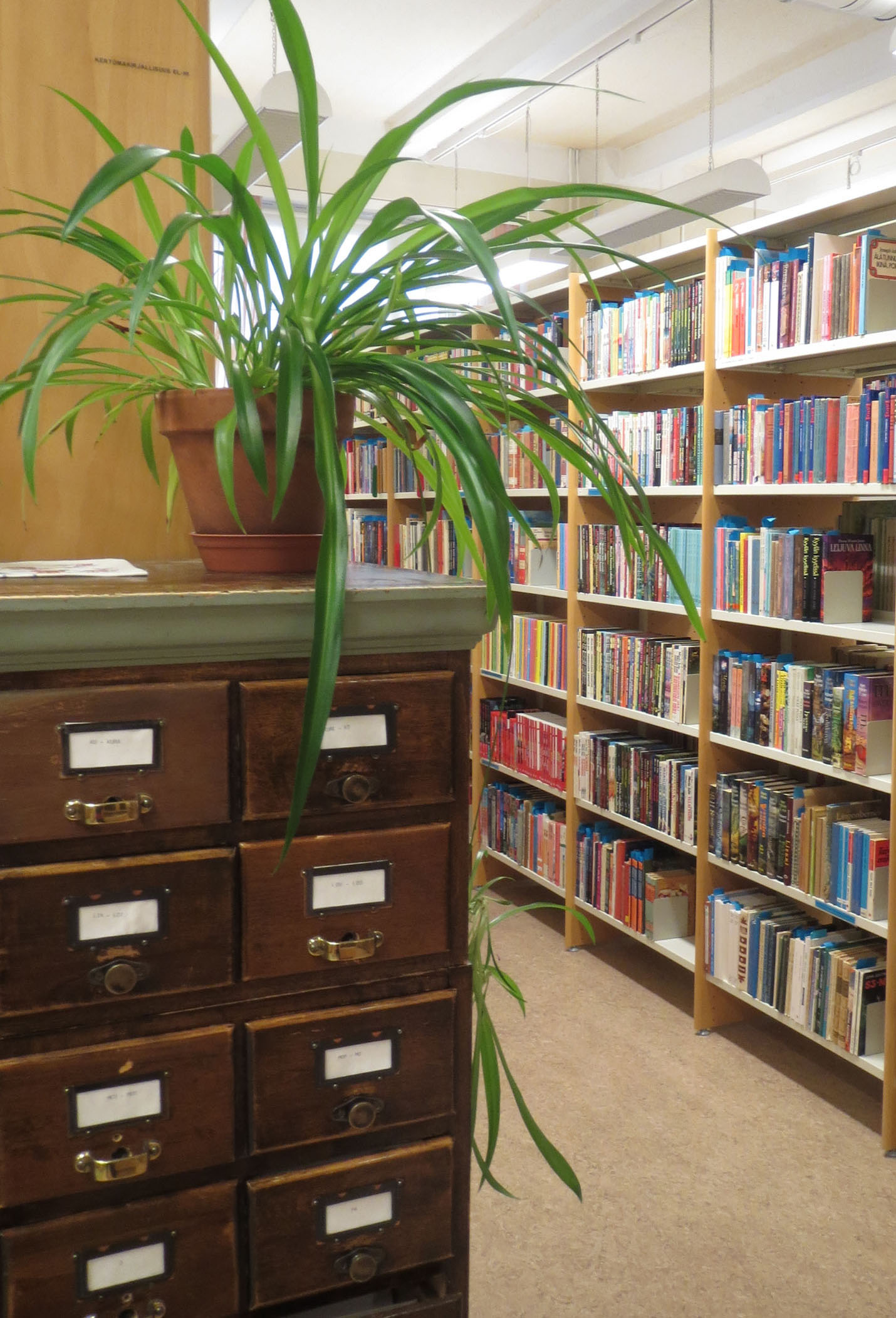 kirjastosali
