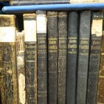 Vanhoja kirjoja.