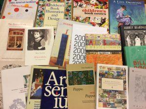 Kirjoja jotka käsittelevät kuvituksen tutkimusta.